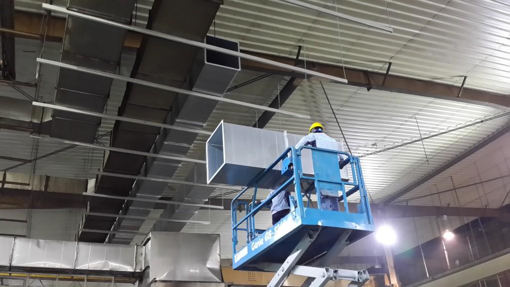 Lắp đặt hệ thống thông gió, làm mát